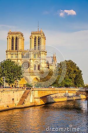 Notre Dame de Paris at sunset