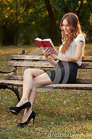 Novel in park