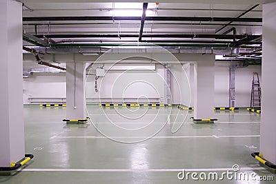 Nowy parkingu pod ziemią