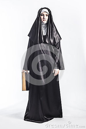 Free Nun With Bible. Royalty Free Stock Photos - 83832478