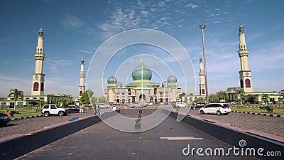 An-Nur stor moské i Pekanbaru, Indonesien lager videofilmer