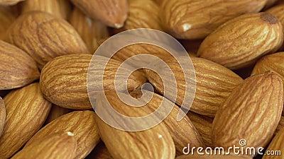 Nut-Mandel-Naht mineralstoffreiche und vitaminreiche Erzeugnisse Almond dreht sich in einem Schuss Mandelkerne, rotierend Walnuss stock video