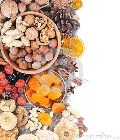 Free Nuts And Dried Fruits Royalty Free Stock Photos - 46909488