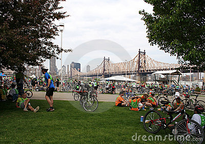 NYC 5 boro bike tour 2010 - Rest Stop Editorial Image
