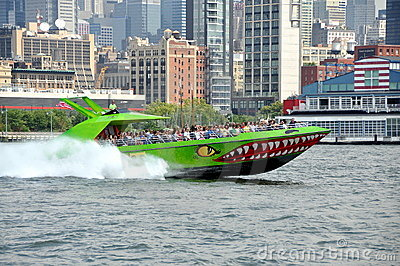 NYC:  The Beast Tour Boat Editorial Stock Image