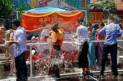 NYC: Burmese Water Festival Editorial Photography
