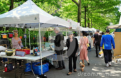 Nyc crafts on columbus street fair editorial image for Used craft fair tents