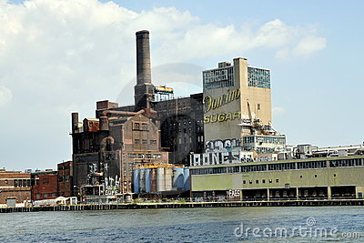 NYC: Domino Sugar Factory in Queens Editorial Stock Image