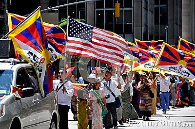 NYC: International Immigrants Foundation Parade Editorial Stock Image