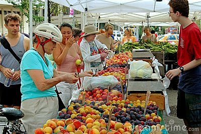 NYC: Lincoln Square Farmer s Market Editorial Photo