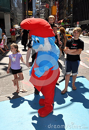 NYC:  Papa Smurf in Times Square Editorial Photography