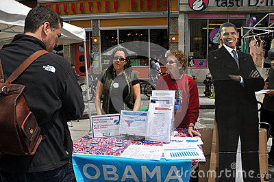 NYC: People Campaigning for Obama Editorial Stock Photo
