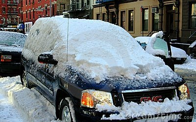 NYC: Snow-Covered SUV Editorial Photo