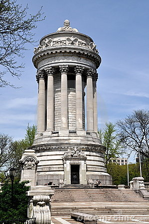 NYC: Soliders & Sailors Monument Editorial Photography