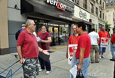 NYC: Striking Verizon Telephone Workers Editorial Stock Photo