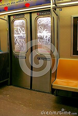 Free NYC Subway Doors Royalty Free Stock Photo - 5842255