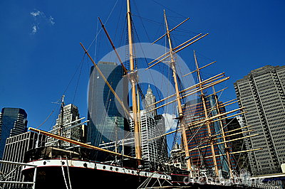 NYC: Tall Ship Peking at South Street Seaport