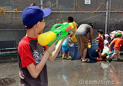 NYC: Water Games at Burmese Festival Editorial Stock Image