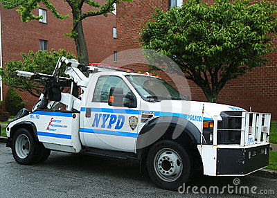 NYPD tow truck in Brooklyn, NY Editorial Photo