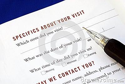 O cliente preenche o exame do feedback
