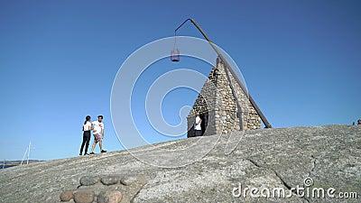 O farol antigo em Verdens Ende em Tjome em Noruega video estoque