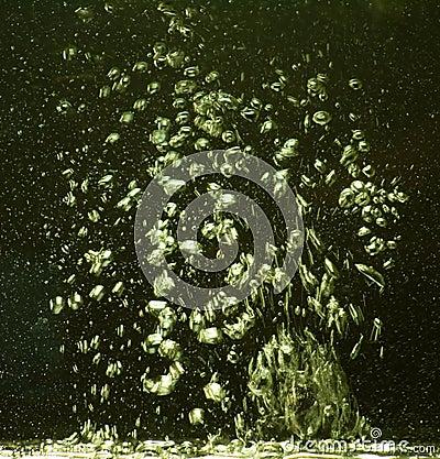 Movimento das bolhas da água no espaço