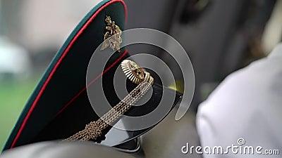 O tampão de oficial de exército do russo vídeos de arquivo