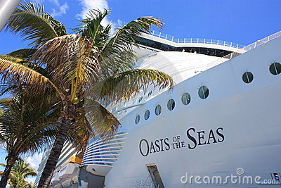 Oasis de doublure de vitesse normale des mers Image stock éditorial