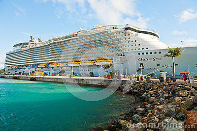 Oasis of the Seas Editorial Stock Photo