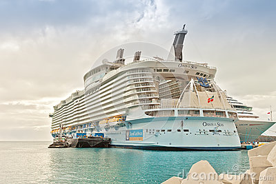 Oasis of the Seas Editorial Stock Image
