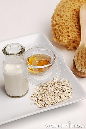 Free Oatmeal, Milk And Honey Royalty Free Stock Photos - 455798