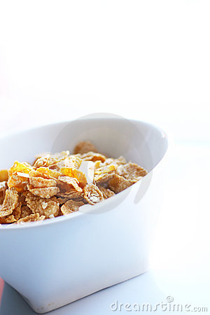 Oats and almond cereal