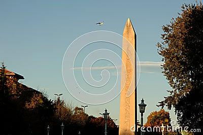 Obelisk di Thutmosis III