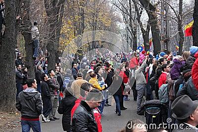Observation roumaine de défilé de jour national Image éditorial