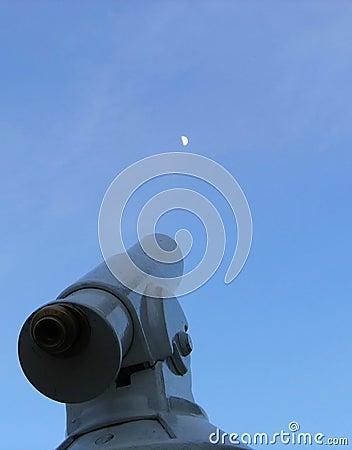 Observing  Moon