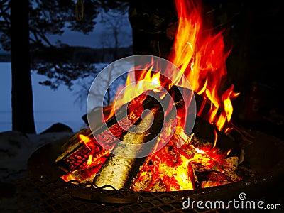 Obóz ogień