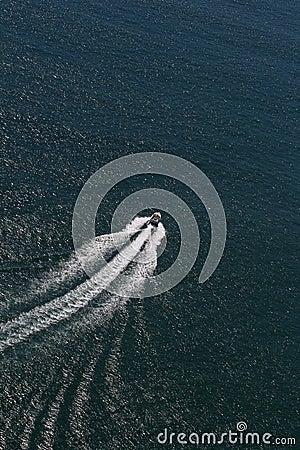 Ocean łódkowata prędkość