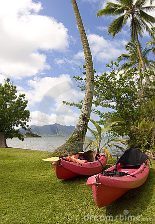 Free Ocean Kayaks At Kaneohe Bay, Hawaii Royalty Free Stock Photo - 14061055
