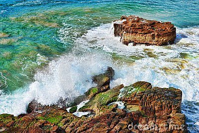 Ocean waves on rocks