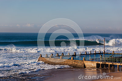 Ocean Waves Tidal Pool