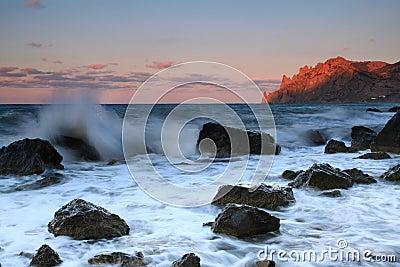 Oceanu wschód słońca