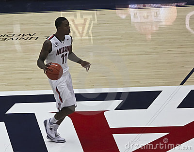 An Offensive Move by Arizona Wildcat Josiah Turner Editorial Stock Image