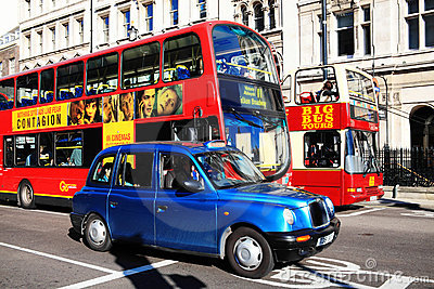 Offentlig transport Redaktionell Foto