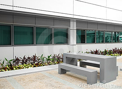 Office building courtyard garden furniture