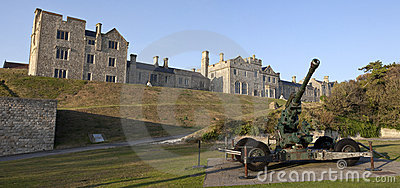 Officer s Mess and WW2 Artillery at Dover Castle