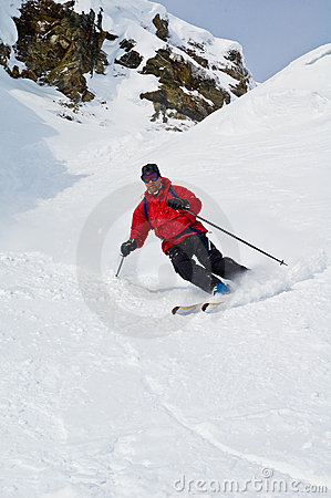 Free Offpist Skiing Royalty Free Stock Image - 5498696