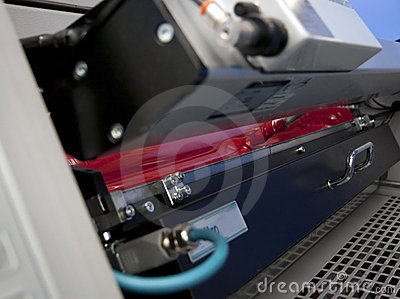 Offset press printing for labels (detail)