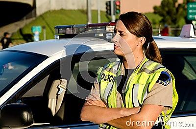 Oficial de policía de sexo femenino