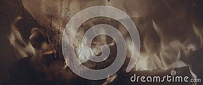 Ogień za brudnym szkłem w kominku zdjęcie wideo