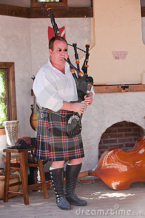 Ohio Renaissance Festival Bagpipe Musician Editorial Photo